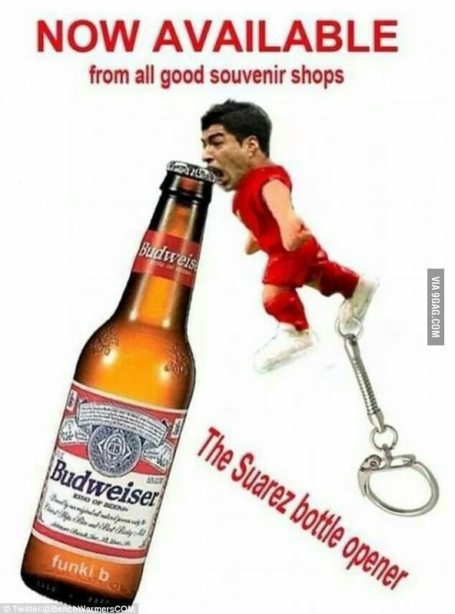 Suarez-biting-bottle-opener