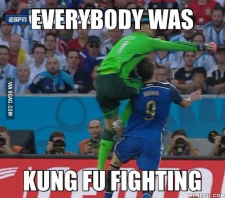 Everybody was Kungfu fighting #ArgvsGer